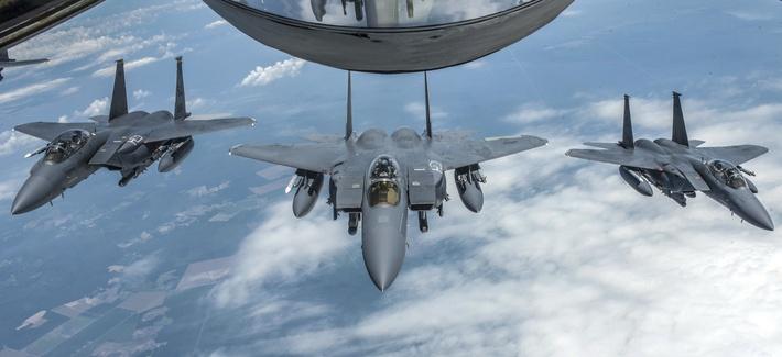 مقاتلات اف 15
