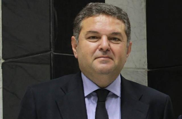 الوزير هشام توفيق