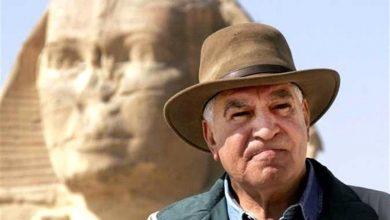 زاهي حواس، وزير الآثار الأسبق
