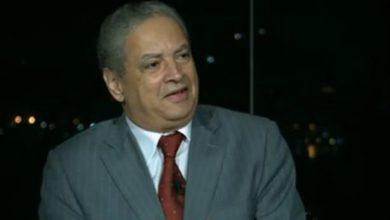 إكرام بدر الدين، أستاذ العلوم السياسية بجامعة القاهرة