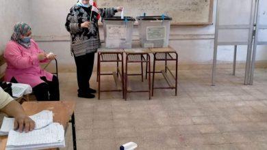 النائبة مايسة عطوة داخل اللجنة الانتخابية