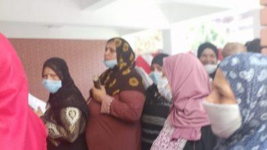 الناخبين امام لجنة نجيب محفظ بمدينة بدر