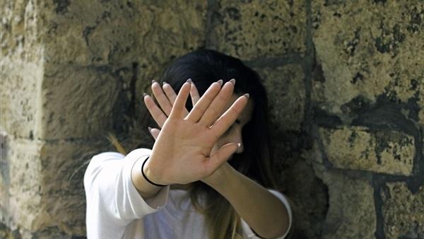سائق «توك توك» تعدى جنسيًا على سيدة سورية
