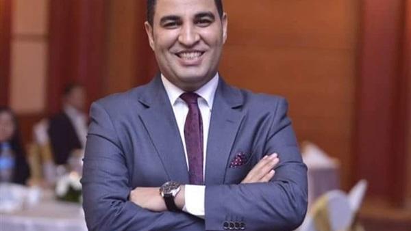 مصطفى ثابت