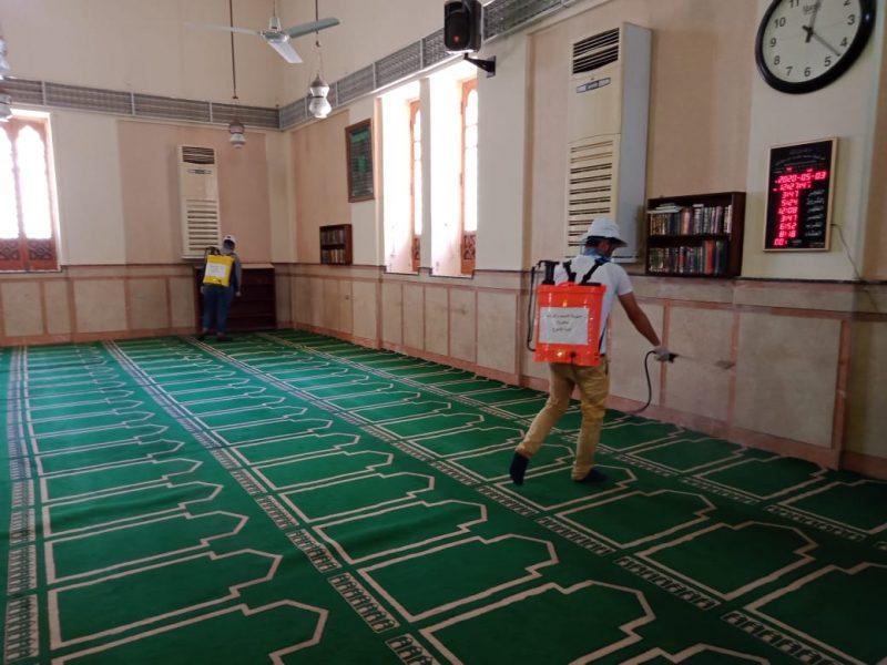 حملة تعقيم وتطهير المساجد