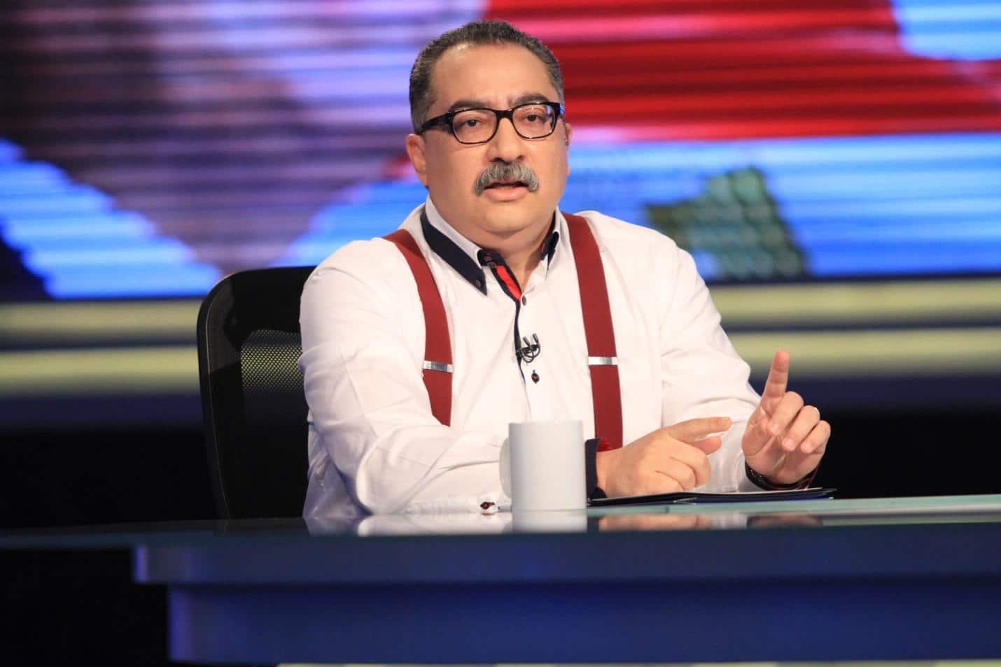 الإعلامى والكاتب الصحفى الكبير إبراهيم عيسى