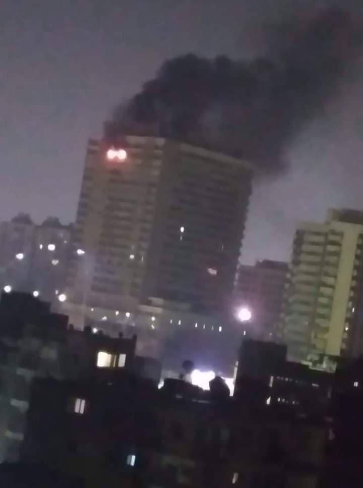 حريق اعلى برج مصر بالعباسية