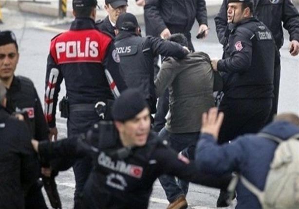 أنقرة تلقي القبض على معارضين
