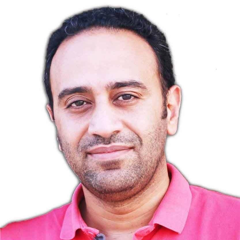 الباحث أحمد رجب أبو العزم