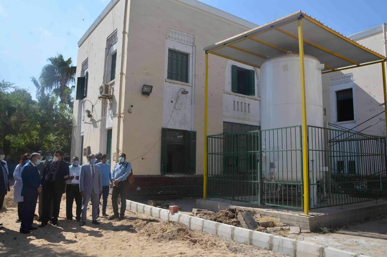 محافظ المنيا يتفقد مستشفيات كورونا