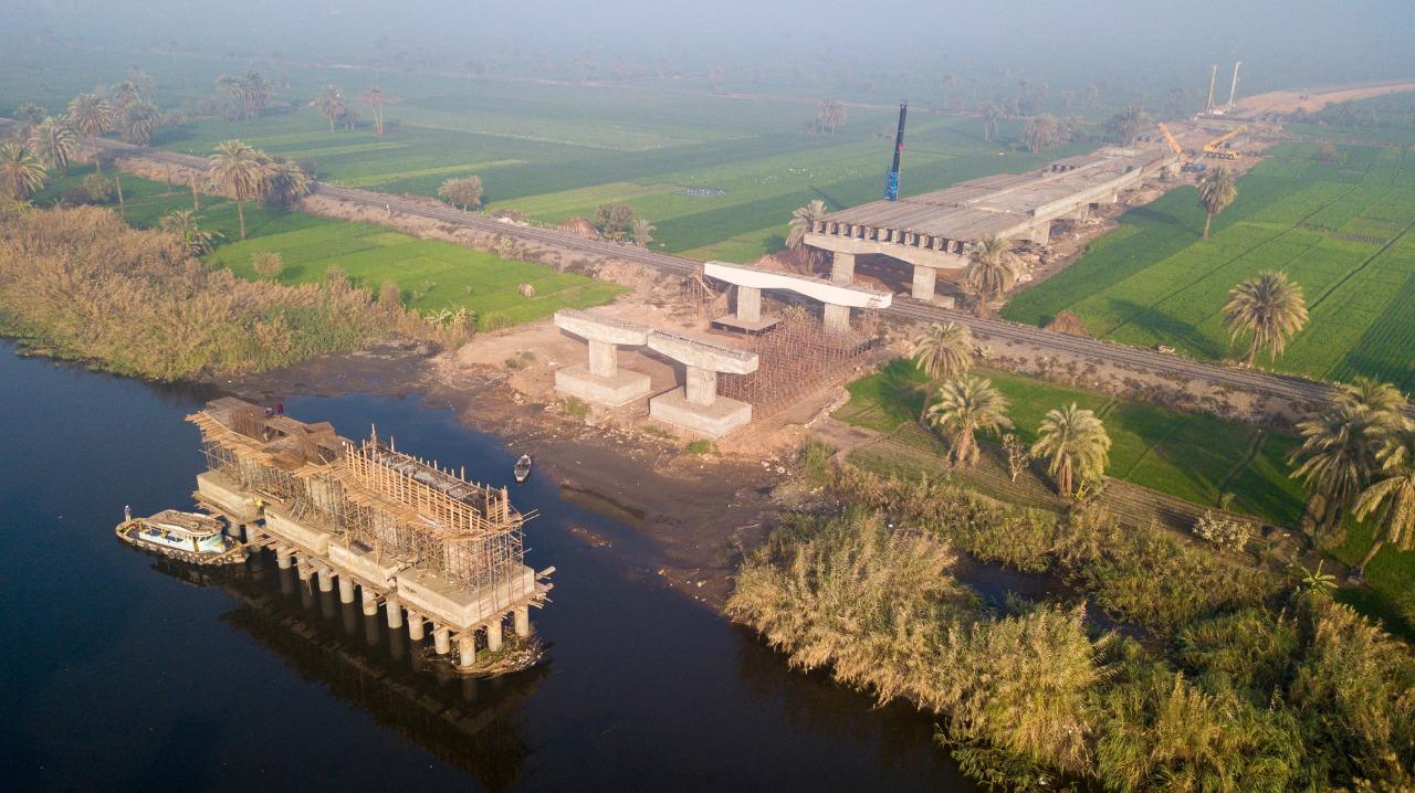 """""""محور ديروط""""... مشروع لتقليل مسافات محاور النيل لتسهيل حركة المواطنين...صور"""