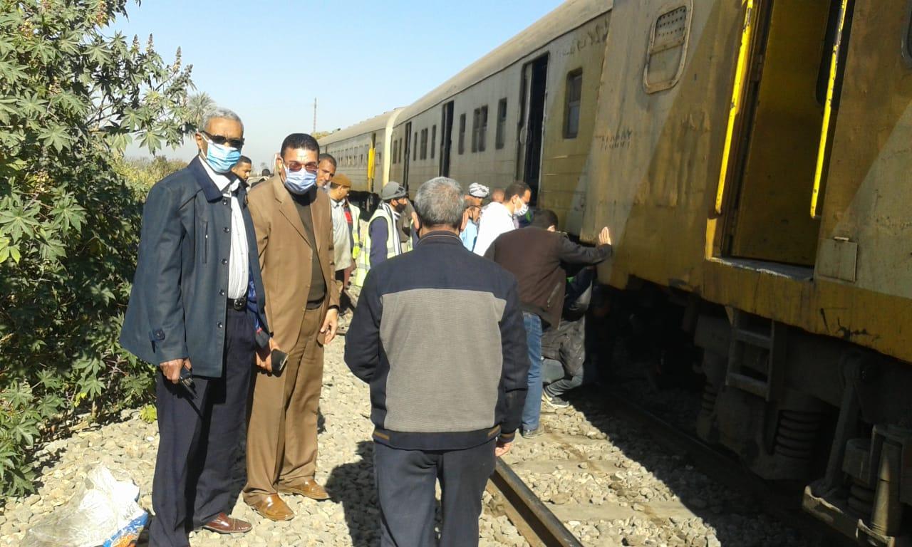 انتظام حركة سير القطارات بعد السيطرة على حادث خروج عربة عن القضبان