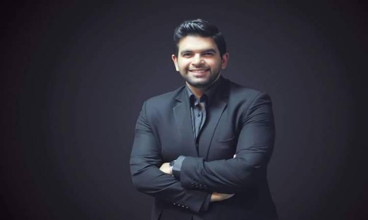 أحمد الطاهرى رئيس تحرير روز اليوسف