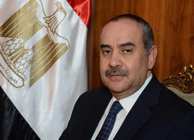 محمد منار، عنبة وزير الطيران المدني،