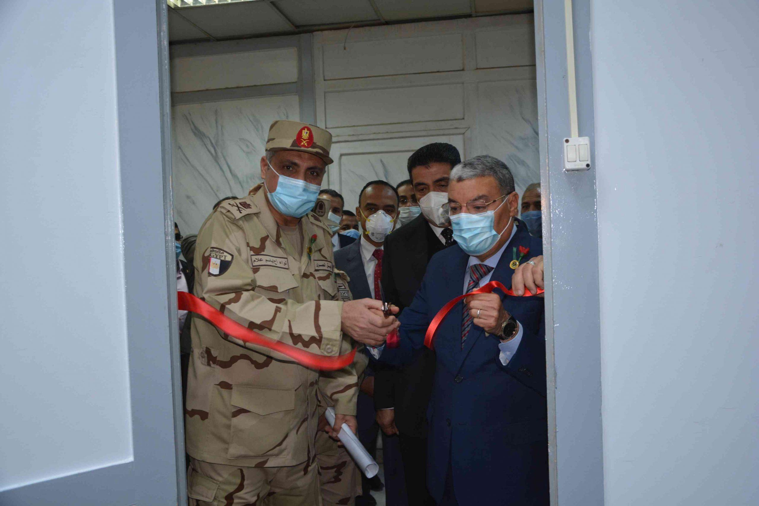 محافظ المنيا يفتتح مقر جمعية المحاربين