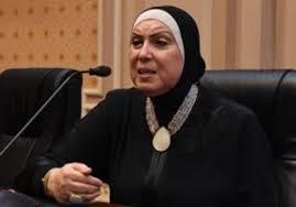 الدكتورة نيفين جامع وزيرة التجارة الصناعة والتجارة