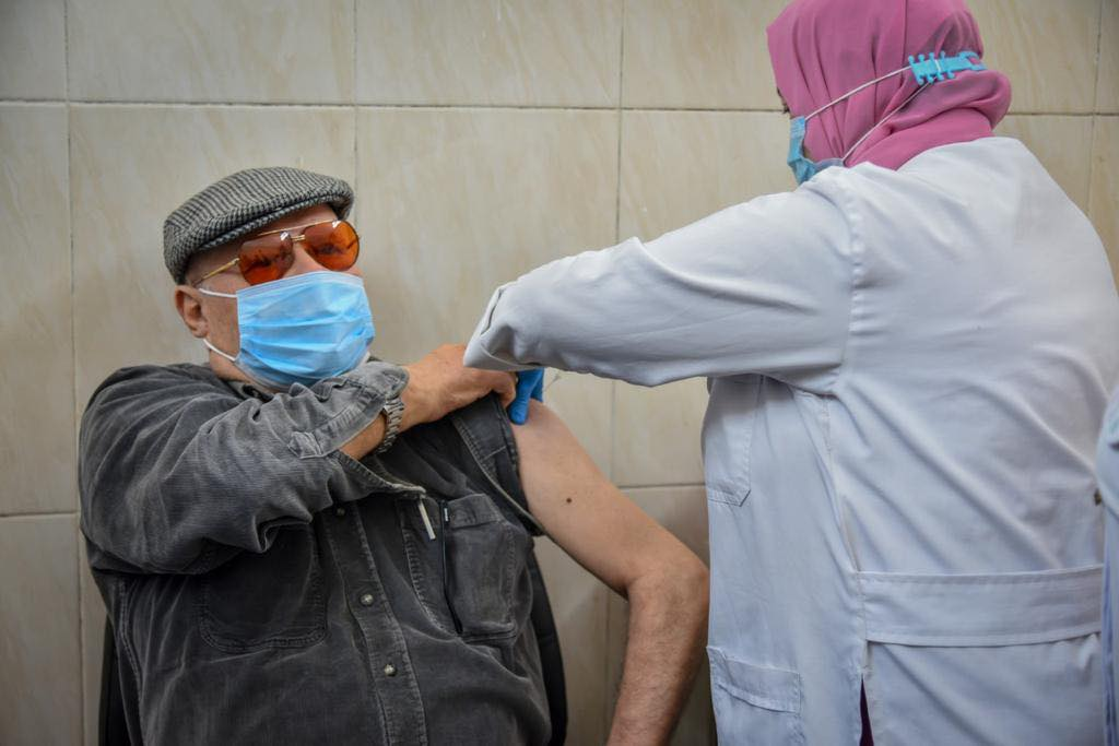 تطعيم لقاح كورونا