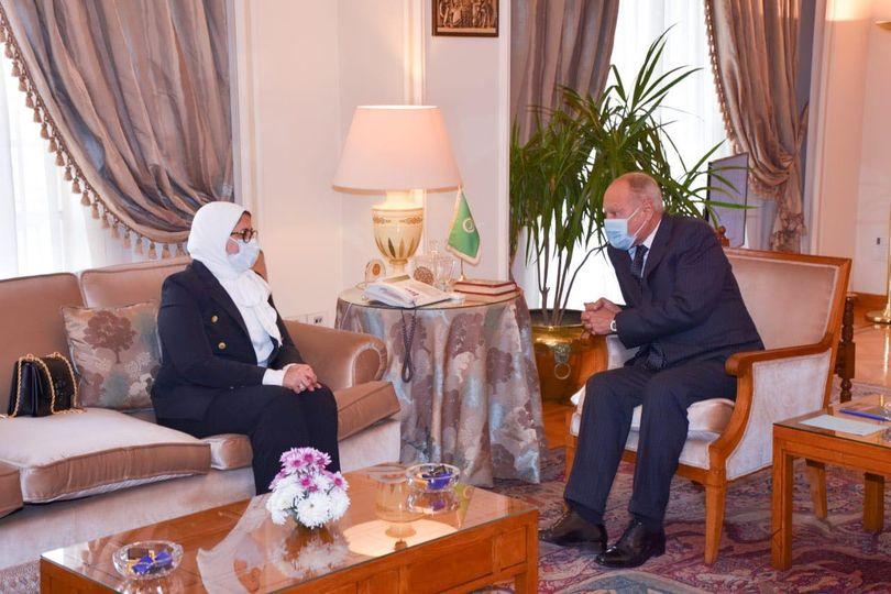 أحمد أبو الغيط ووزيرة الصحة