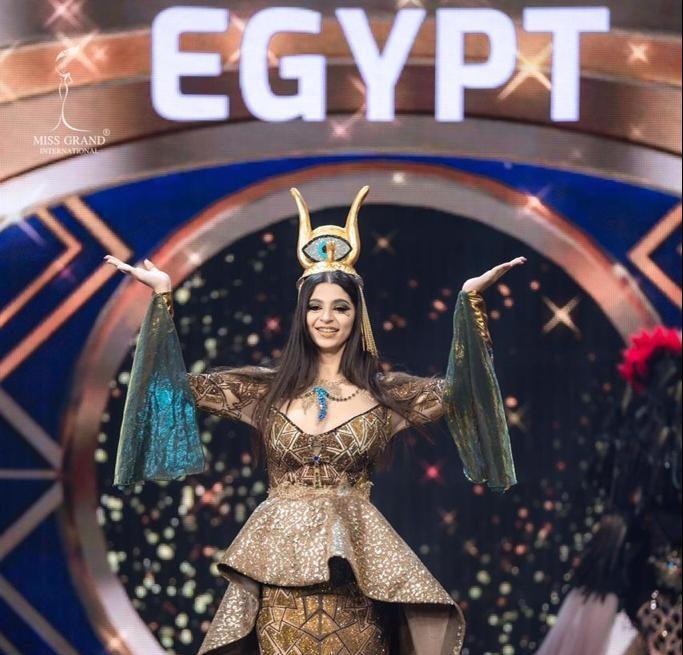 المرشحة لملكة جمال العالم بتايلاند