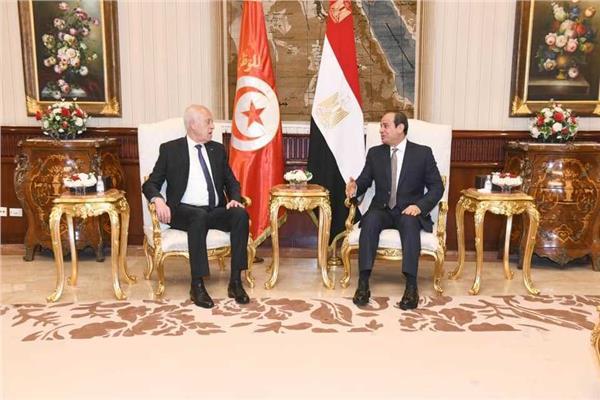 الرئيس السيسي ونظيره التونسي قيس سعيد