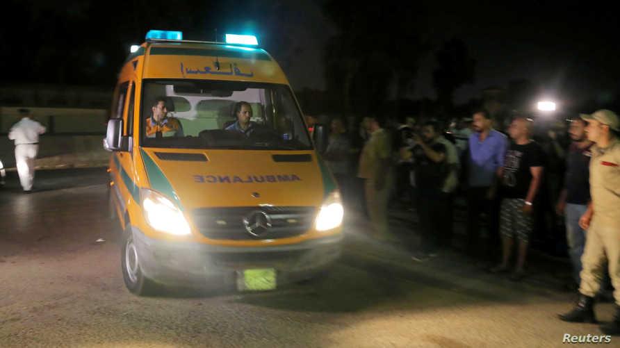 سيارات إسعاف مصرية
