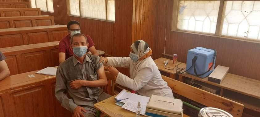 تطعيم المعلمين بالمنيا