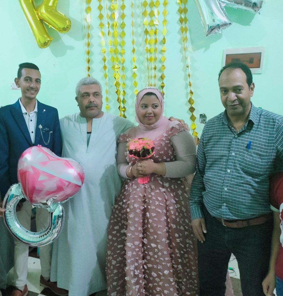 أسرة العروسين